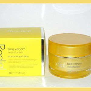Rodial Bee Venom Moisturizer Revitalise Firm Full